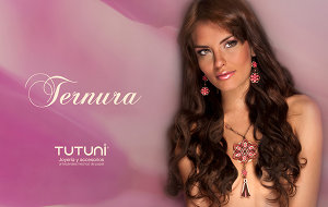 Pink Fashion Jewelry Model
