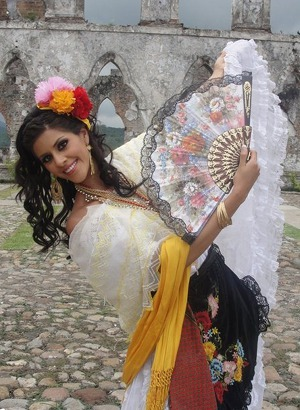 Veracruz Traditional Dress