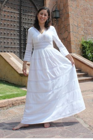 Mexican wedding dress with a hippie or bohemian style