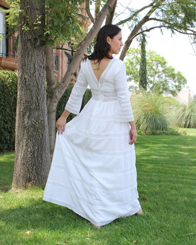 Back of a Mexican wedding dress in a relaxed atmosphere
